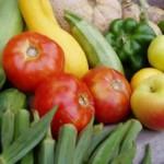 Ovocie v supermarkete: Nie sme tak bohatí, aby sme mohli nakupovať lacno