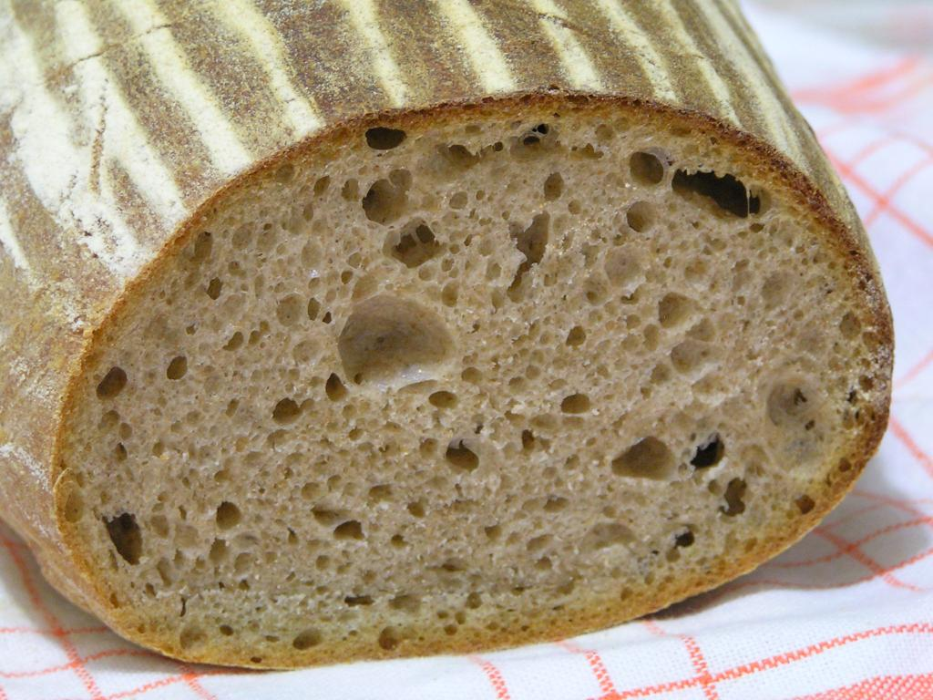 Kváskový chlieb sa správa inak, ako chlieb z obchodu