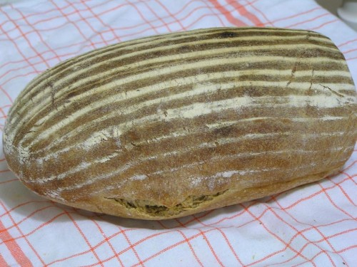 chléb s křupavou kůrkou