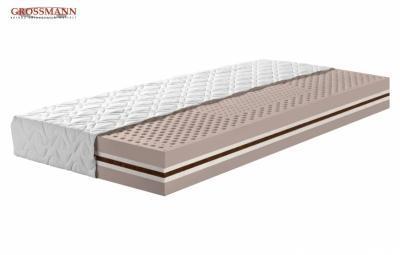 3. Latexový matrac Xena je tiež jednou z najluxusnejších matracov a je skôr stredne tvrdá. Výška 20 cm, cena: 280,- € (www.grossmann-matrace.sk)
