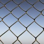 Stĺpy pre plot aj vinohrad rýchlejšie a ľahšie
