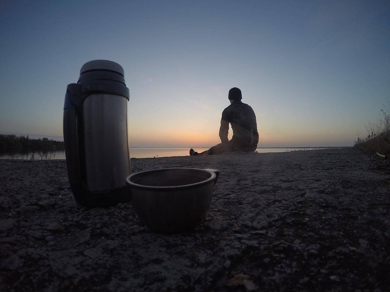 Menej kávy a viacej čaju