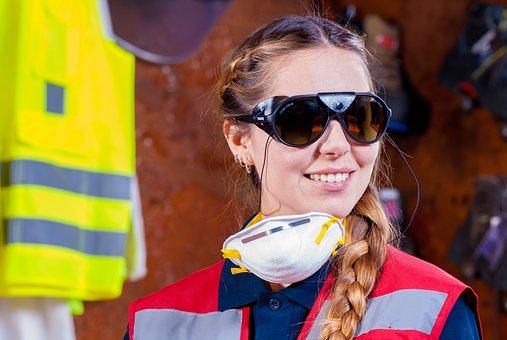 Ochrana zraku a sluchu v záhrade