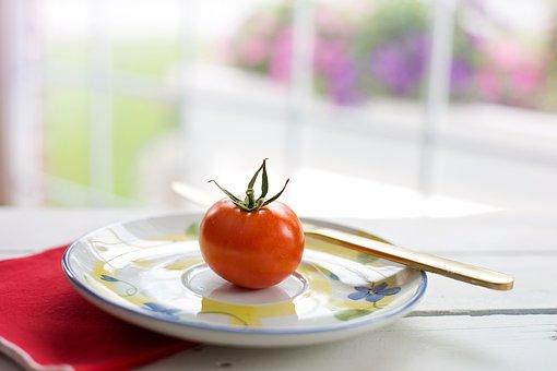 Ako obchod zvyšuje spotrebu paradajok