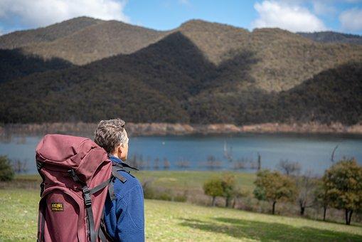 Chystáte sa na horskú turistiku? Vyberte správne turistické oblečenie