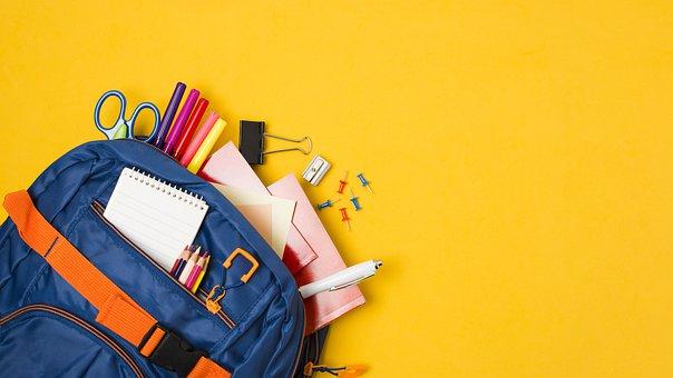 Aktovka, alebo batoh? Ako si správne vybrať?