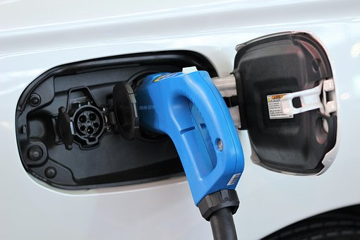 Oplatí sa nabíjačka na elektromobil aj vo vašej domácnosti?